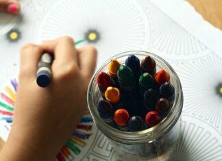 W wyprawce dla przedszkolaka nie może zabraknąć kredek